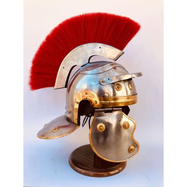 Декоративен римски шлем
